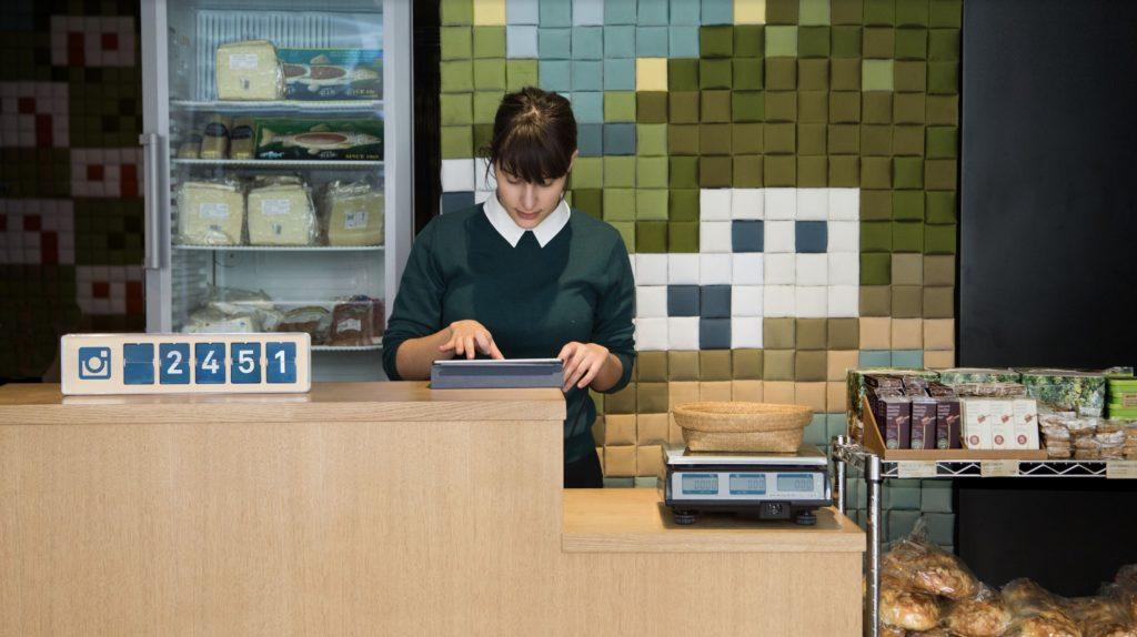 Connected oder Social Media Counter empfehlen sich gerade für kleine Unternehmen